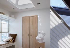 Plisētas žalūzijas standarta, jumta logiem un ziemas dārziem, vadāmas ar rokturi - 5 tips